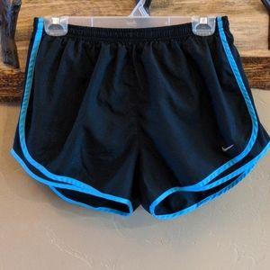 Nike women's size L Dri Fit Tempo running shorts
